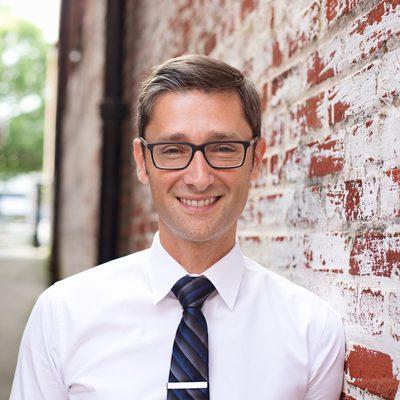 Leandro Olszanski - Therapist, Life Coach, Influencer